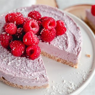 Raspberry coconut cheesecake